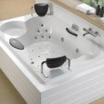 Как выбрать и установить гидромассажную ванну?