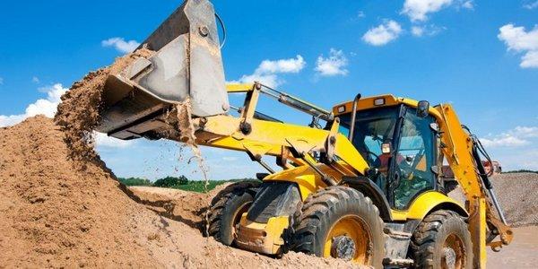 Начало строительства - земляные работы и фундамент