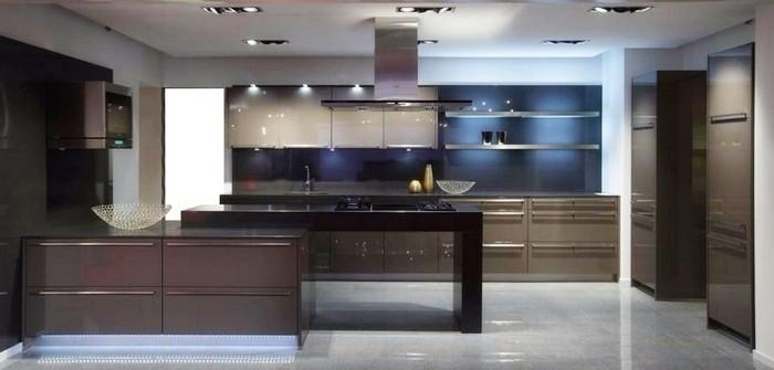 Как спрятать на кухне трубы